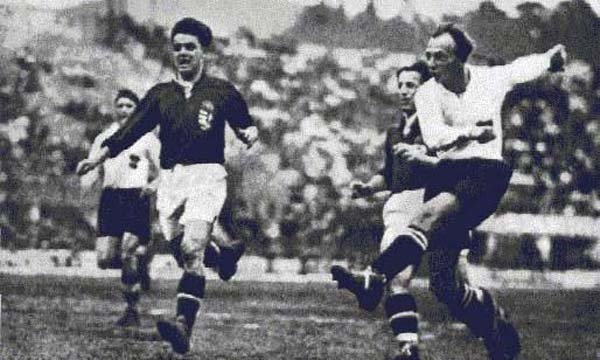 №11. AUSTRIA - HUNGARY 2:1 (1:0). Побоище вместо футбола