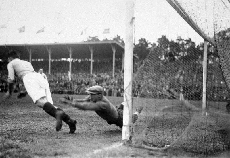 №5. ARGENTINA - FRANCE 1:0 (0:0). Выньте игроков из душа!