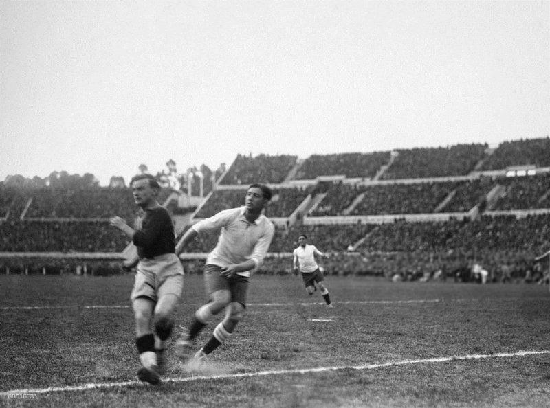 "№14. URUGUAY – ROMANIA 4:0 (4:0). Уругвайские ""стенки"""